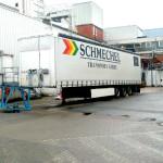schmechel_logistik_beladung_trailer_rampe